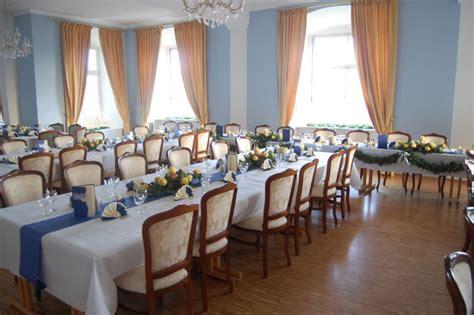 Blauer Und Weißer Speisesaal by Blauer Und Tanzsaal Zum Heiraten Im Schloss Weiterdingen