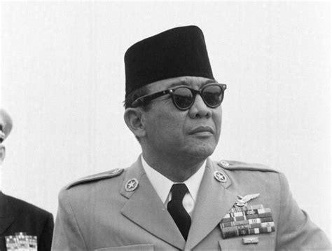 Pahlawan Ir Soekarno biografi soekarno sang proklamator pahlawan bangsa