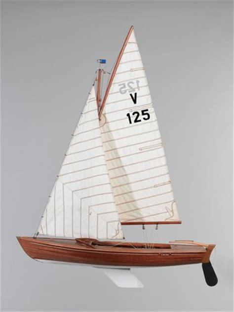 zeilboot vrijheid scheepsmodel van een zeiljacht uit de vrijheidsklasse