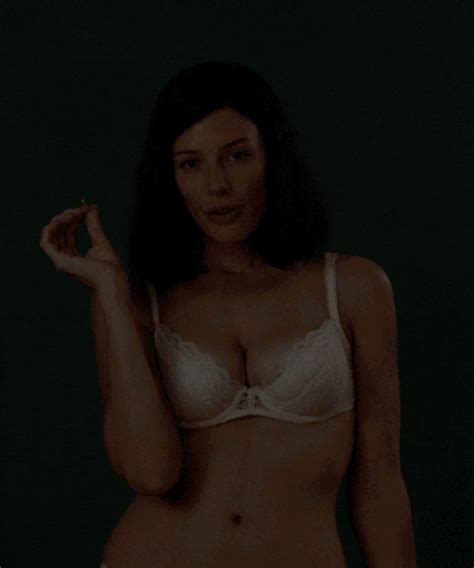 Jessica Nude GIFs   Find   Share on GIPHY