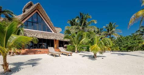 8 bedroom luxury beachfront home for sale ambergris caye