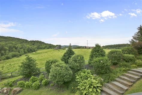 stowe country home rentals bella vista  mountain road