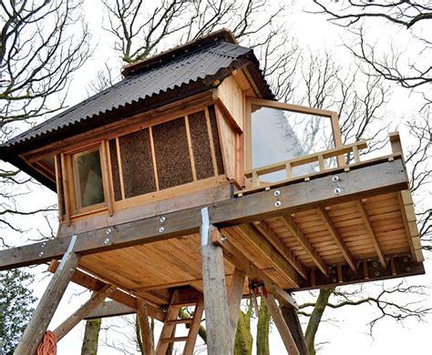 nozomi nakabayashis tiny hut  stilts