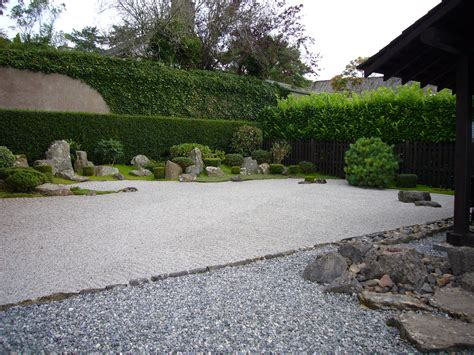 Garden Zen file zen garden at dartington jpg wikimedia commons