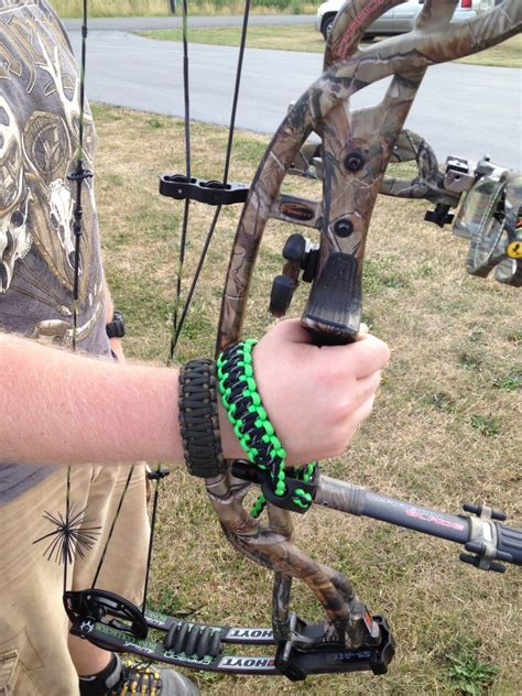 Make a Paracord Bow Sling Paracord wrist strap   X CORDS
