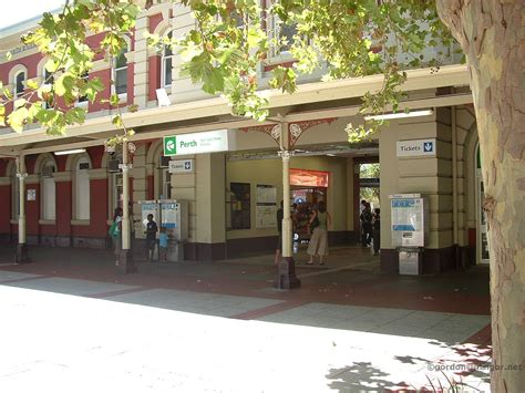 toms train station you just got to see it photos of perth railway stations in western australia by