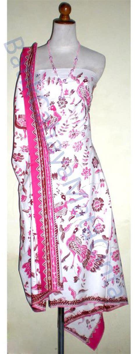 Batik Tulis Motif Burung Bahan Katun Primisima Bendera batik tulis cirebon shuniyyaruhama s