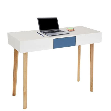 scrivania ordinata come mantenere ordinata la scrivania da lavoro novit 224 e