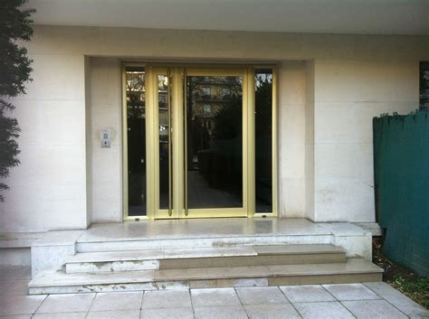 Cabinet Cazalieres by Porte De Neuilly Sur Seine Rue De La Saussaye