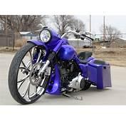 Covingtons Blue30RoadKing Custom Bagger
