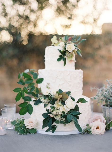 Wedding Cake Greenery by 30 Stunning Ways To Infuse Your Wedding With Greenery
