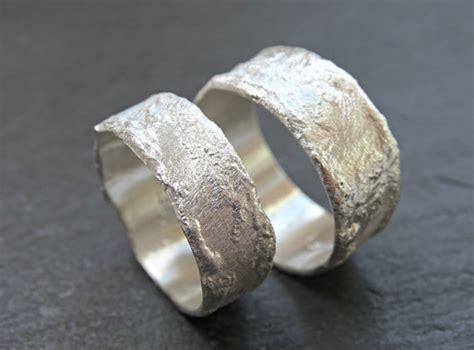 Eheringe Umarbeiten by Coole Silberringe Rustikale Eheringe Silberringe