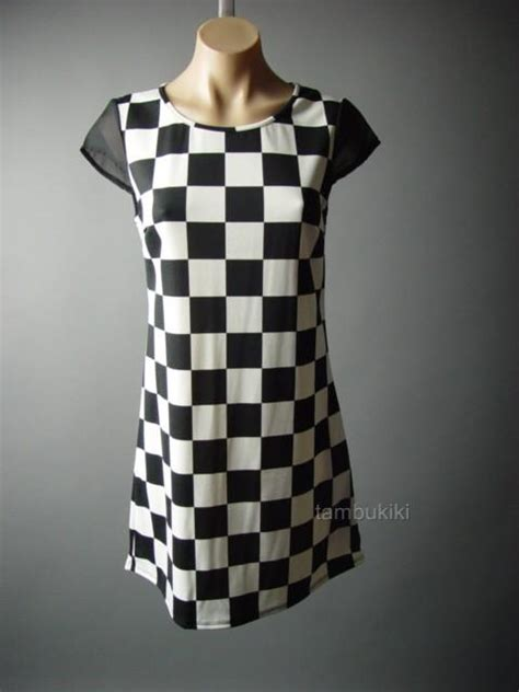 black pattern shift dress black white geometric pattern chiffon cap sleeve mod 60s
