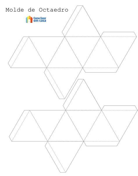 Decoração criativa e colorida com formas geométricas