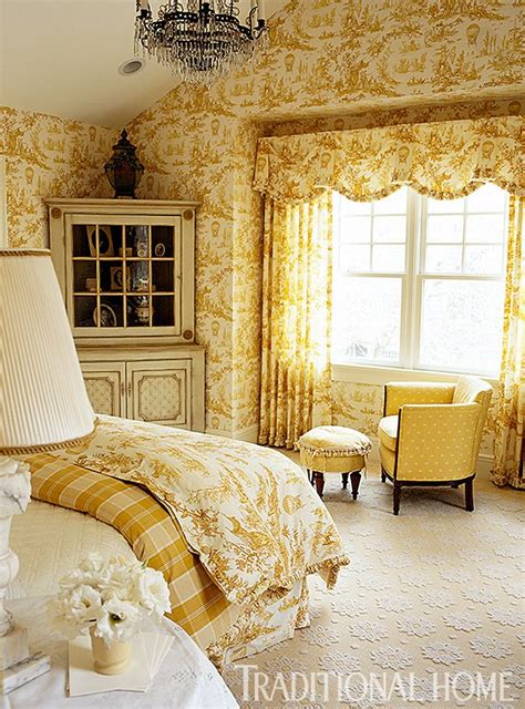 Beautiful Yellow Bedrooms by 25 Best Ideas About Blue Yellow Bedrooms On