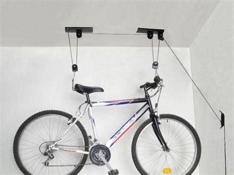 sistemas para colgar bicicletas techo mesa para la cama - Colgar Bici Techo