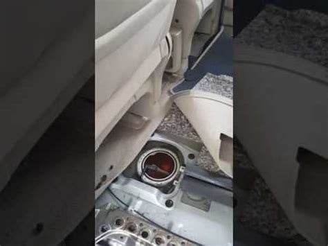 how to fix gain access replace a fuel pump the easy way nissan serena 2004 fuel pump location and replacement youtube