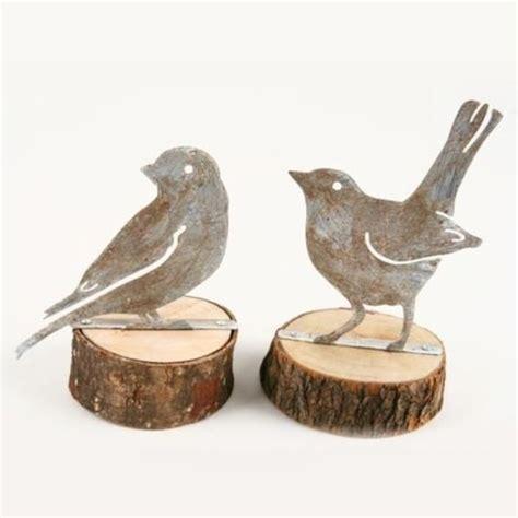 figuren aus holzscheiben vogel figuren stehend auf holzscheibe 2 modelle h 13 5cm
