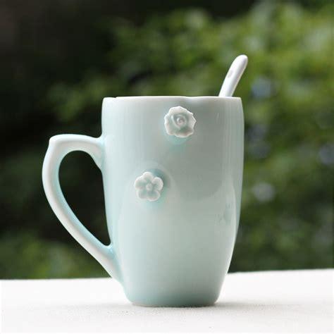 minimalist coffee mug small fresh flowers hand cup coffee mug minimalist couple