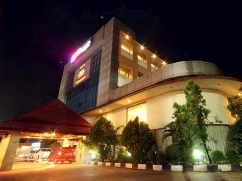 agoda international indonesia hotel banjarmasin international banjarmasin indonesia