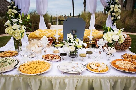 cocktail engagement ideas how to plan a cocktail wedding reception everafterguide
