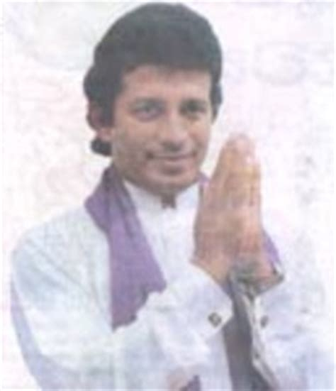 image: vijaya kumaratunga; famousdude.com famous people