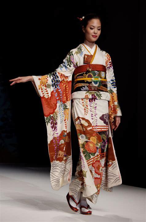 japanese collection kimono furisode 1 yukiko hanai designed summer