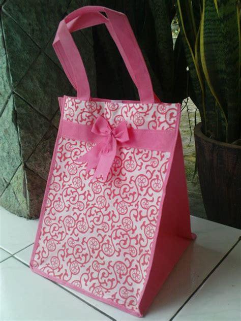 Tas Berkat Pita Motif Ukuran Alas 20 22 Tas Undangan Pernikahan 1 tas berkat kotak ii kedai souvenir
