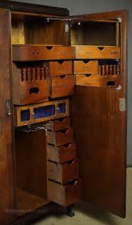thc gentlemans compactum wardrobe  antiques