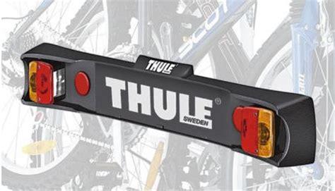 clip on light bar thule clipon high 9105 9106 rear mounted cycle carrier