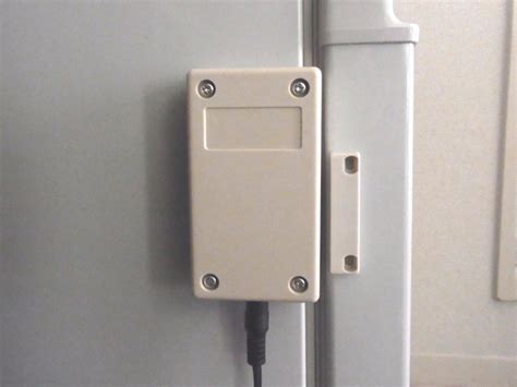 Refrigerator Door Alarm by Refrigerator Alarm Diy For Don T Leave Open The Door
