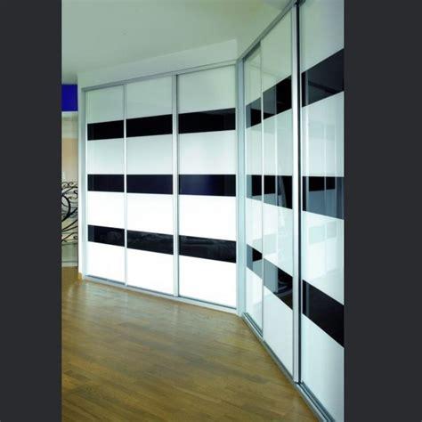 comment am駭ager un placard de chambre portes de placards design et r 233 alis 233 sur mesure en verre