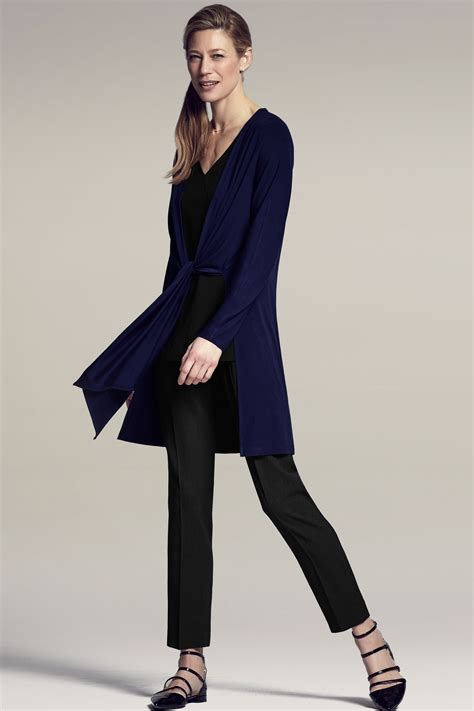 7 Ways To Wear Black Without Looking by 7 Ways To Wear Navy And Black For Work Or How To Look