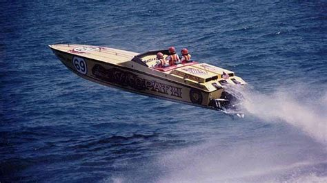 fast wine boat ride 123 best offshore powerboats images on pinterest motor