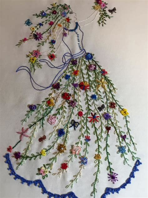 embroidery design making flower dancer brazilian embroidery kelly cline quilting
