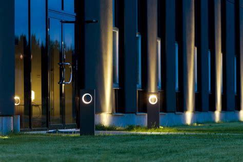 Soft Outdoor Lighting Mooning Zaneen S New Outdoor Light 3rings Howldb