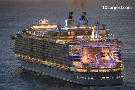the world s largest cruise ship allure of the seas 3 largest cruise ships in the world with pictures