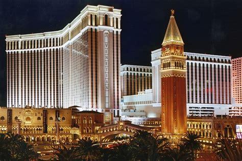 the las vegas strip in pictures luxury hotels wynn las the venetian resort hotel casino las vegas hotels