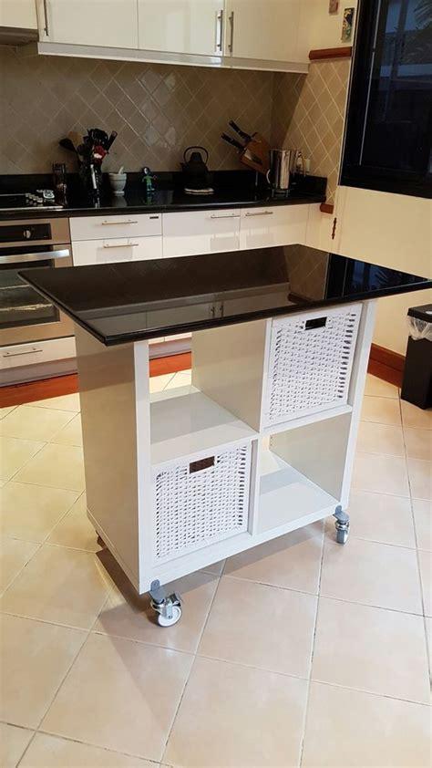 scaffali per cucina trasformare uno scaffale ikea in un isola per la cucina