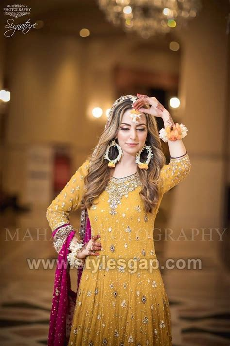 latest bridal mehndi dresses wedding collection
