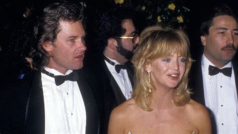 goldie hawn kurt goldie hawn turns 70 see actress talk motherhood kurt