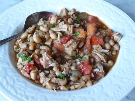 leftover turkey recipe white bean and turkey chili