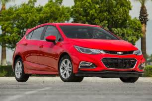 coverlet cruze 2017 chevrolet cruze lt hatchback first test review