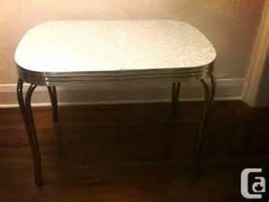 Retro vintage 1950s kitchen table for for sale in toronto ontario