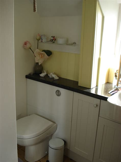 bathrooms yeovil bathrooms yeovil thatched holiday cottage near yeovil somerset