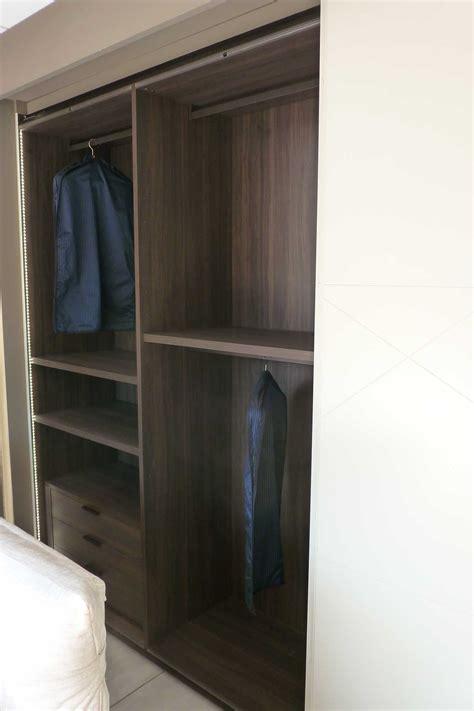 armadio moderno ante scorrevoli armadio olivieri shangai moderno laccato opaco ante