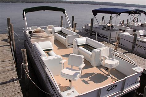 best pontoon boats under 25 feet build your own ship online game xbox pontoon fishing boat
