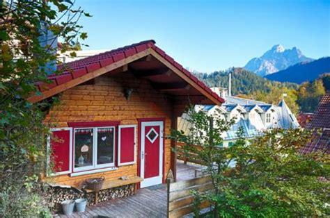 blockhütte im schnee mieten blockhaus s 228 uling ferienhaus elise in f 252 ssen bad