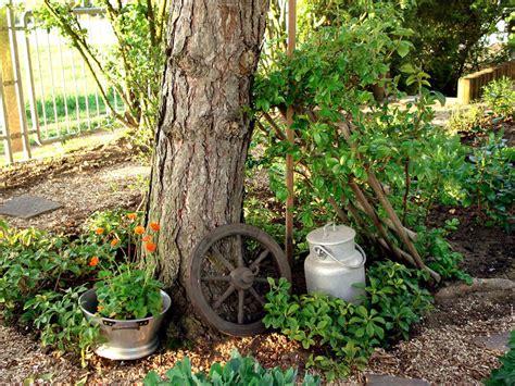 Garten Deko Milchkanne by Deko Upcycling Im Garten Mein Sch 246 Ner Garten