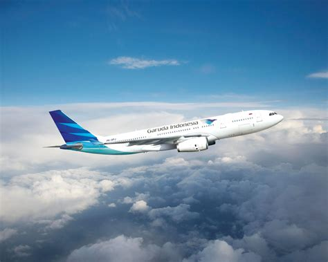 emirates vs garuda flying high the 10 best airlines of 2015